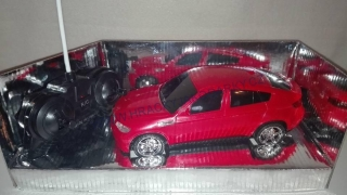 Model autíčka 1:18 - BMW